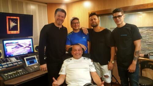 Fernando Gonzalez, Jutha, Johnny Pavas