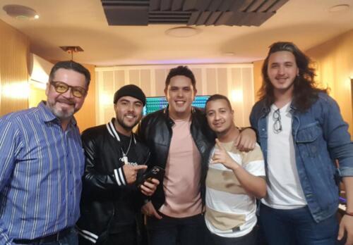 Andres Hernandez, J Rivers, Muta